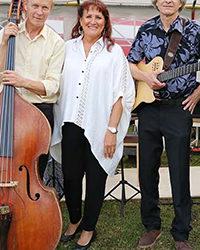 15.9. klo 17.00 Classic Jazz Trio Feat: Marle Mikkola. (soittajat nurmikolla)